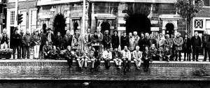 KZOD-leden-voor-de-waag_1996
