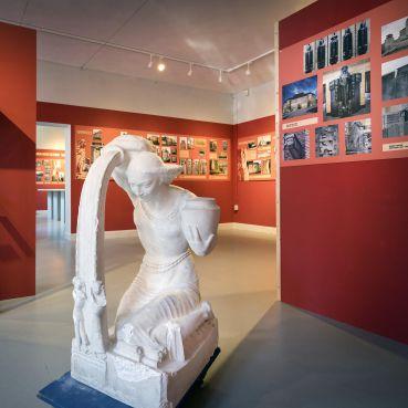 Expositie in Architectuurmuseum ABC ter ere van prominent oud KZOD lid beeldhouwer Hendrik van den Eijnde